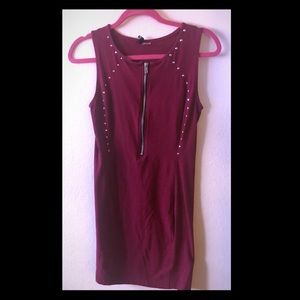 Divided Sleeveless Zip up Dress Size 8